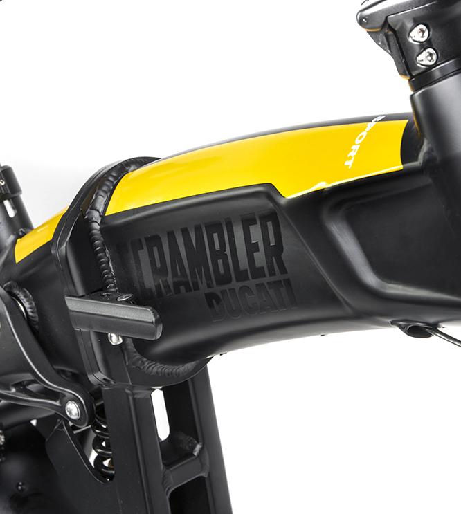 ducati scrambler e sport bike